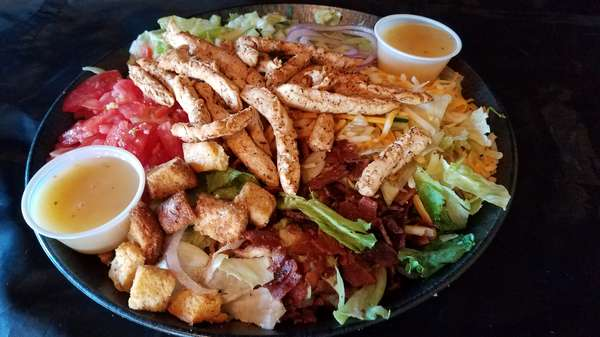 CHILI LIME GRILLED CHICKEN SALAD