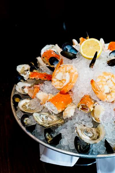 raw bar with oysters and shrimp