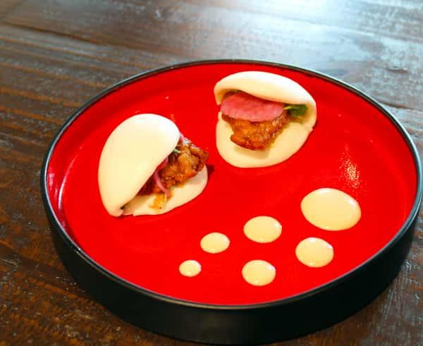Crispy Chicken Steam Buns