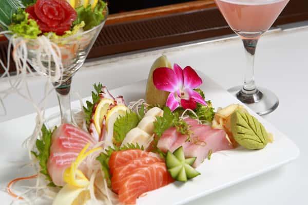 Sushi Dinner Deluxe*