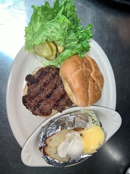 Classic Hamburger*