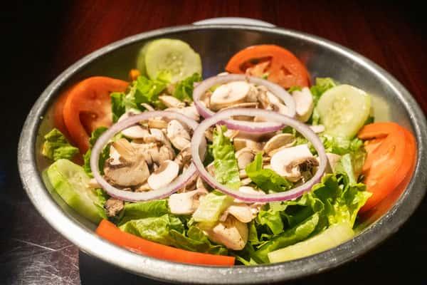 Garden-Fresh Salad