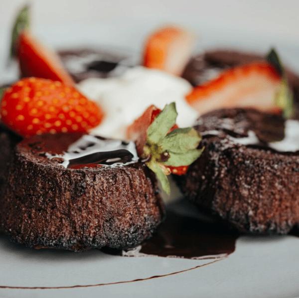 Social Chocolate Cakes