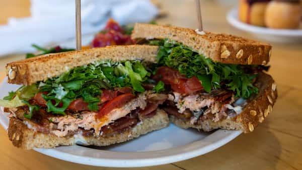 Jelly_SBLT 2 Sandwich