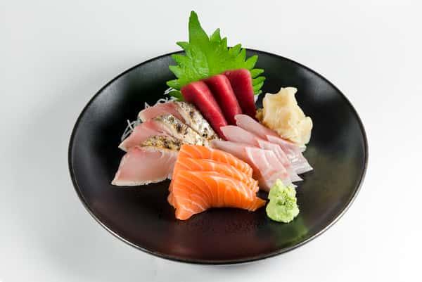Sashimi Platter 12 Pieces