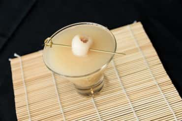 Lemongrass lychee martini