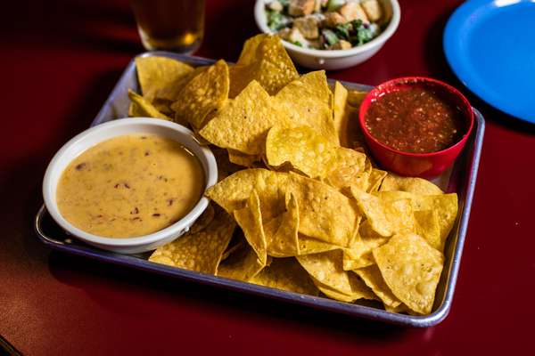 Chips Queso Salsa