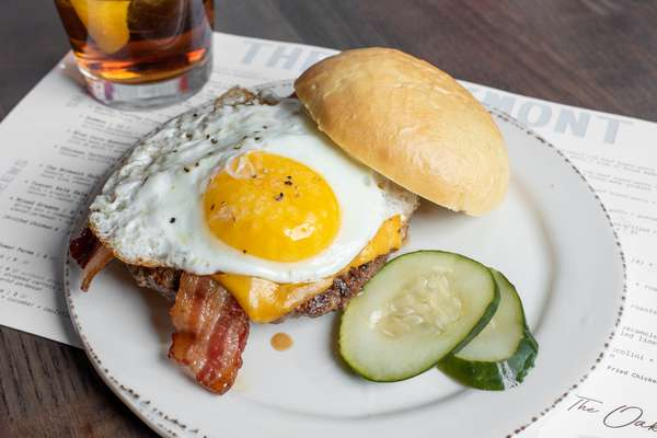 The Oakmont - The Morning After Burger03
