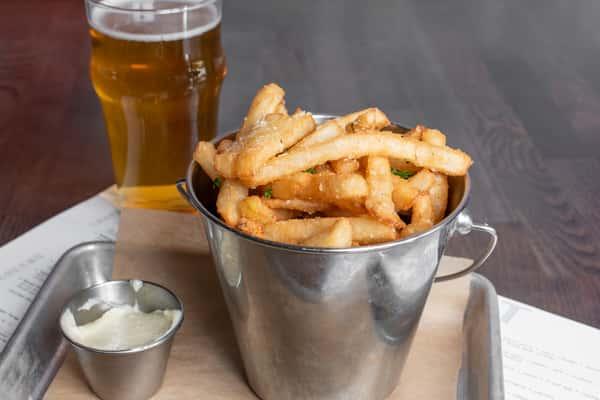The Oakmont - Garlic Truffle Fries