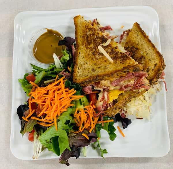SPECIALReuben Sandwich