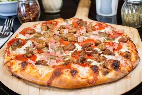 Carne Pizza