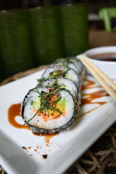 Crispy Vegetable Futomaki Roll