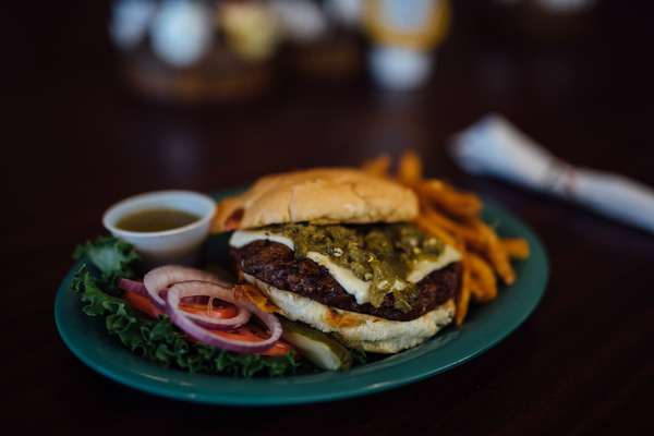Fire-Roasted Green Chile Cheese Burger