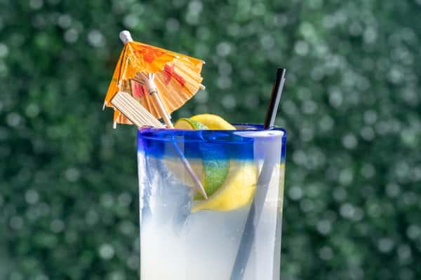 Hard lemonade (2)