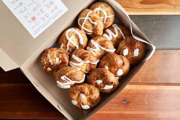 Quick Dozen Croissants- Assorted Flavors