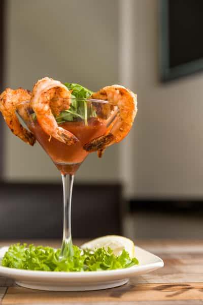 Shrimp Cocktail or Golden Fried Shrimp (5)