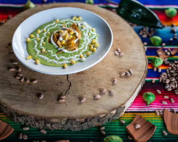 Crema De Elote Y Chile Poblano (Cream of Corn & Poblano Pepper)