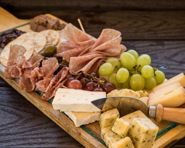 CHEESE AND CHARCUTERIE PLATE