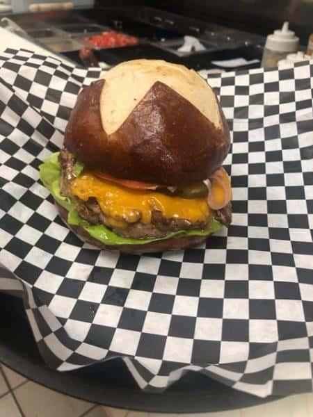 BB Cheese Burger