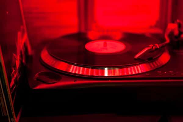 vinyl under read light