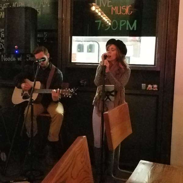 Welcome singers - Bar in Huntington Beach