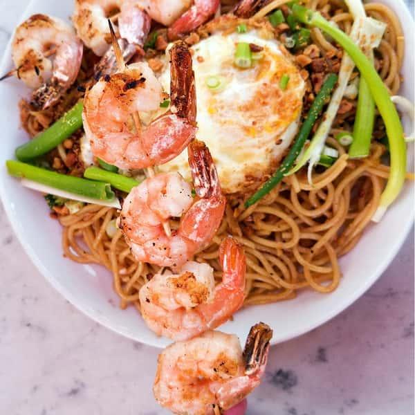 Garlic Noodle with Shrimp
