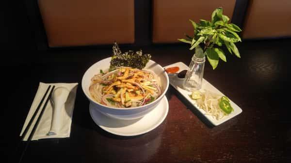 🌿 Vegan Pho (Pho Chay)