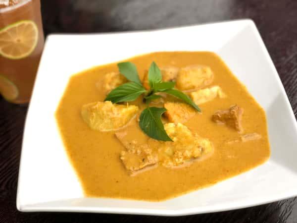 🌿 Mama's Vegan Yellow Curry