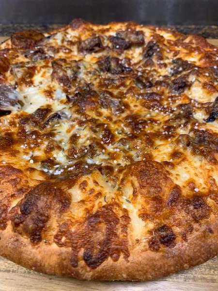 BEEF ON WECK PIZZA