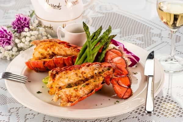 Twin Lobsters 4
