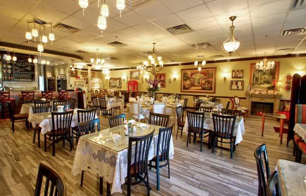 ViennaCafeAndBistroCooperCity romantic dining room 1