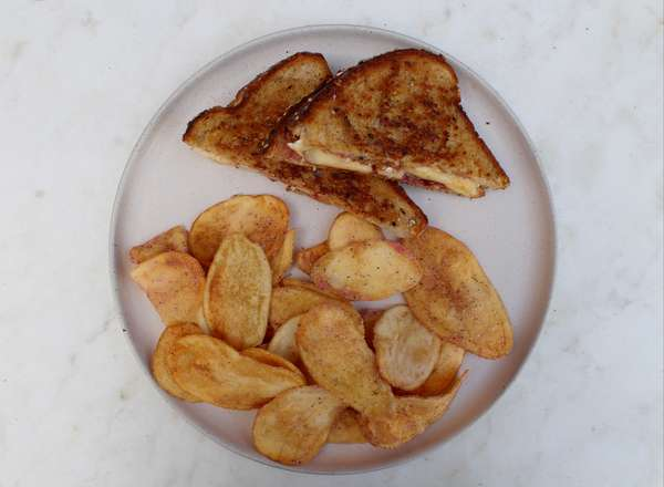 Apple Brie Grilled Cheese Sandwich