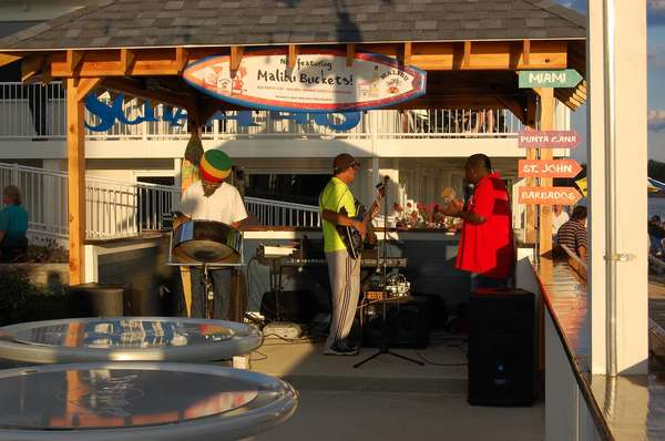 island vibes performing