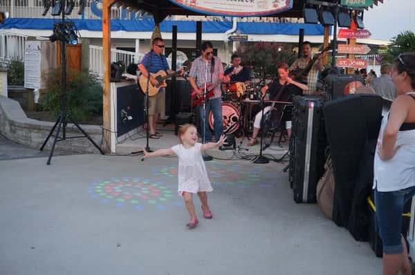 bleech band playing little girl dancing