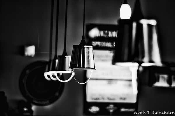 Interior lighting at Panzanellas Italian Pizzeria