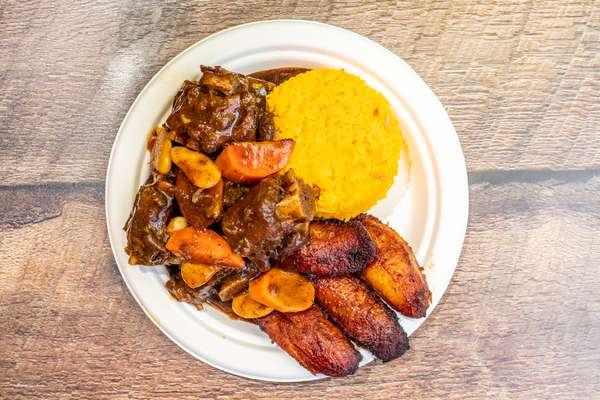 Ox_Tail_Yellow_Rice_Plantains