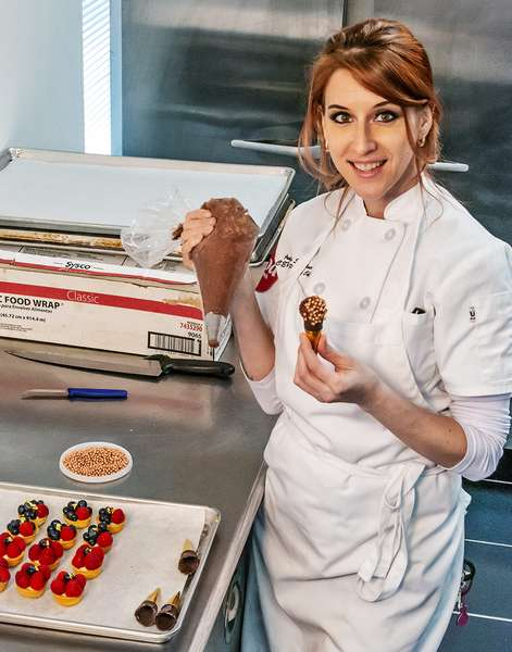 chef sweetser baking tea pastries at queen of hearts in las vegas