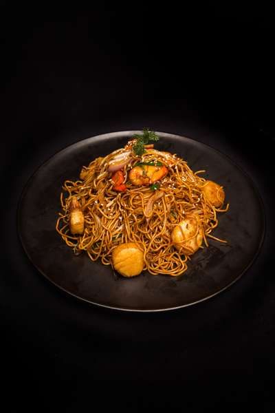 Wok Fried Seafood Noodles