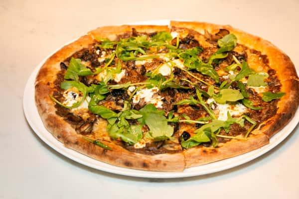 Mush-pizza-scaled