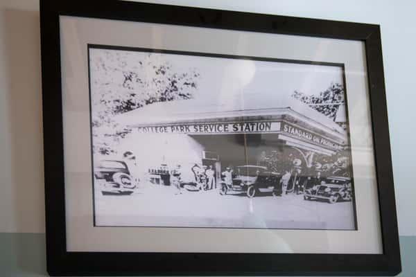 college park service station photo