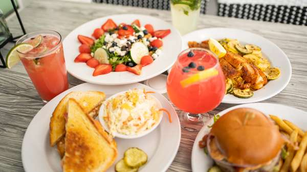 SANGRIA WITH FOOD MEDLEY