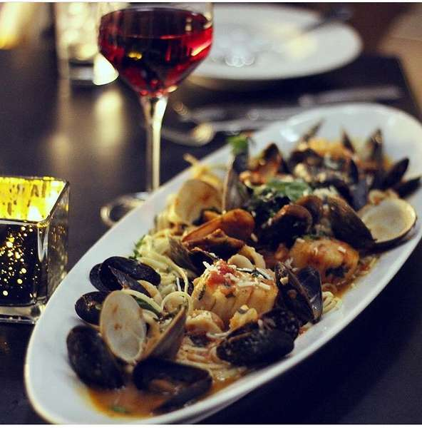 ZUPPA- LITTLE NECK CLAMS