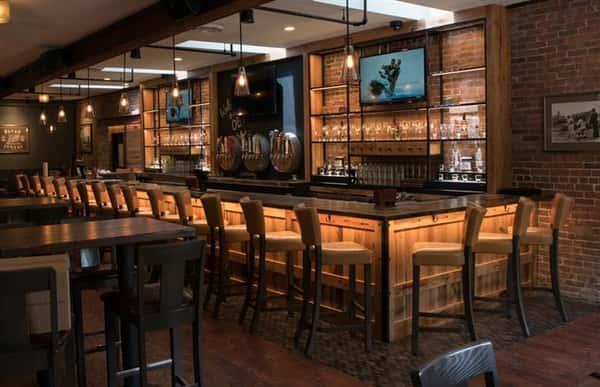Oak Barrel Tavern bar