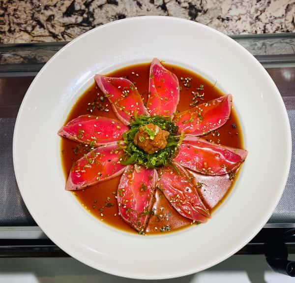 Pepper Seared Tuna Nigiri