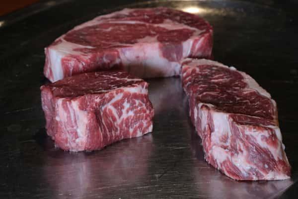 raw steak platter
