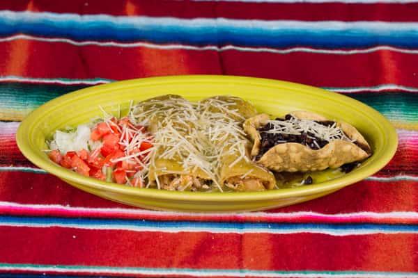 Enchiladas Verdes De Pollo