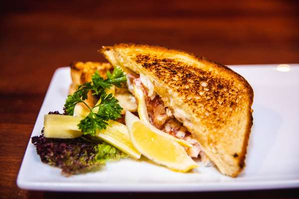 Rose & Crown Fish Sandwich