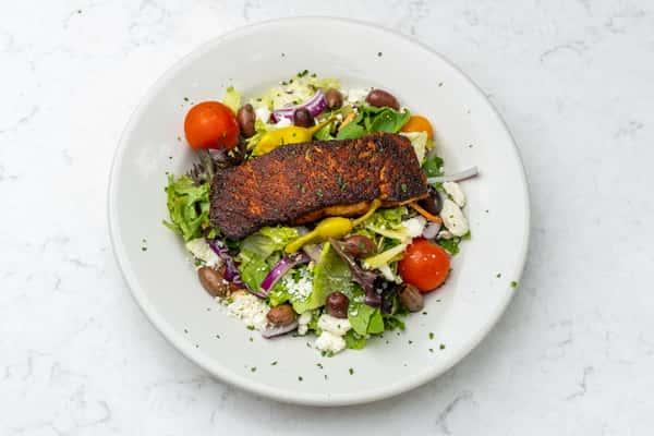 Greek_Salad_with_Salmon_08032021_05075_004