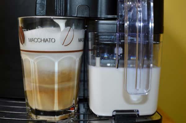 latte-macchiato-646273_1920