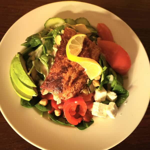 Chili Salmon Spinach Salad*